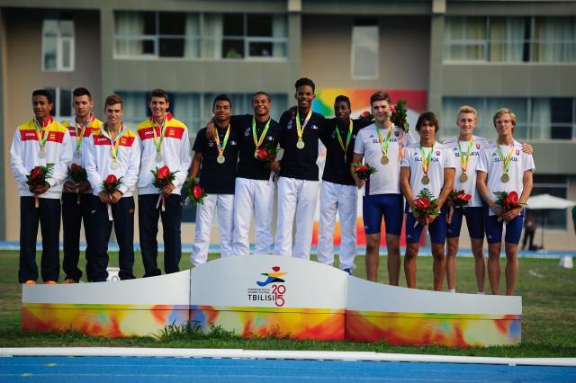 Dekorácia víťazov štafety 4x100m, Európsky olympijsky festival mládeže, Sobota, 1. Augusta 2015, Tbilisi, Gruzínsko