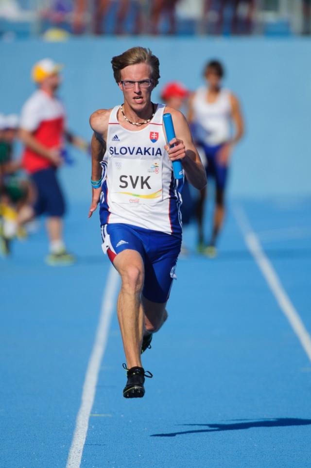 Marcel Žilavý na poslednom úseku štafety 4x100m, Európsky olympijsky festival mládeže, Piatok, 31. Júla 2015, Tbilisi, Gruzínsko