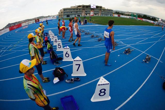 Marcel Žilavý v dráhe číslo 5 v behu na 100m, Európsky olympijsky festival mládeže, Pondelok, 27. Júla 2015, Tbilisi, Gruzínsko