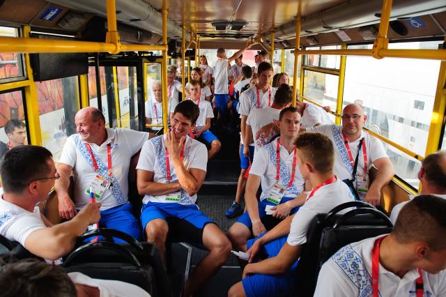 Presun slovenskej delegácie na otvárací ceremoniál  Európskeho olympijskeho festivalu mládeže, Pondelok, 27. Júla 2015, Tbilisi, Gruzínsko